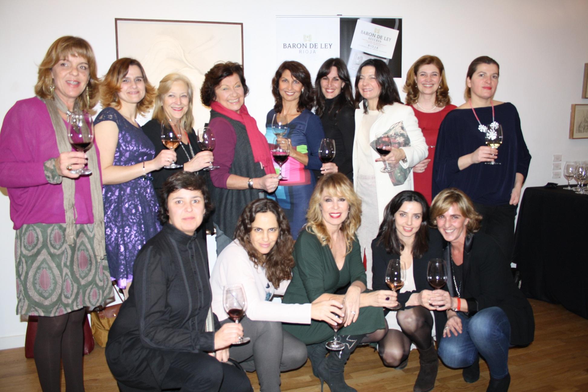 Mujeres con Arte y Vino